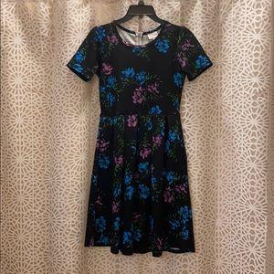 Like new Floral LuLaRoe dress with pockets